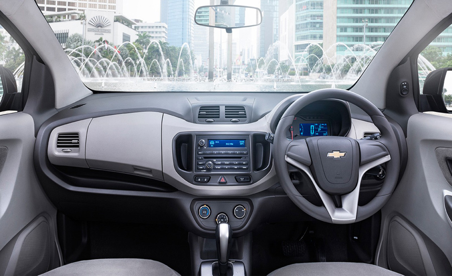 Chevrolet Spin Diesel 2015 Interior Image Gallery Pictures Photos