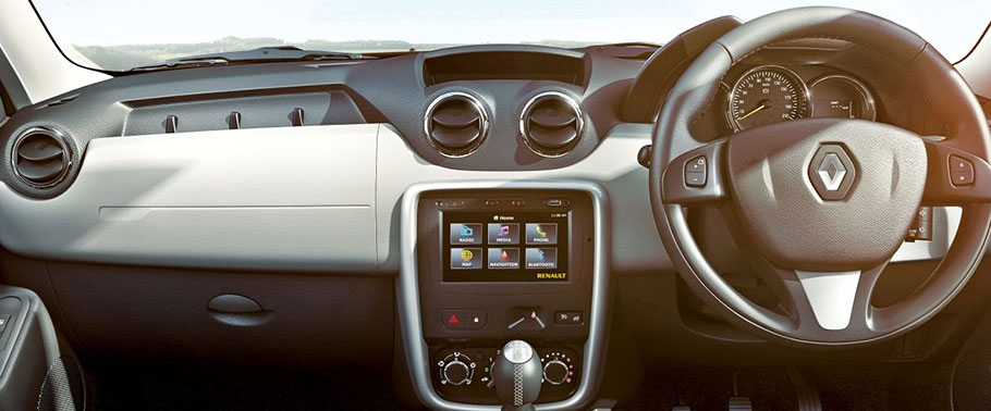 renault duster facelift interior image gallery pictures photos. Black Bedroom Furniture Sets. Home Design Ideas